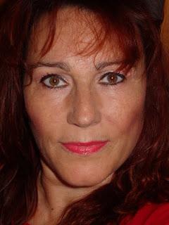 maquillaje de ojos rosa perla