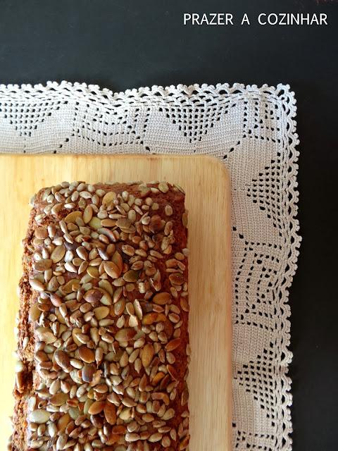 prazer a cozinhar - Pão de mistura com sementes de girassol e de abóbora