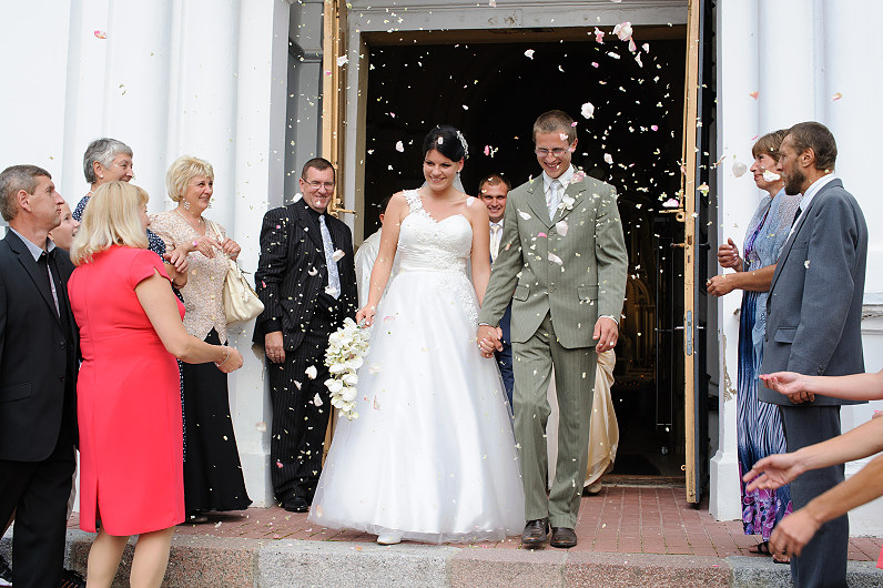 vestuvės molėtuose Alantos Šv. apaštalo Jokūbo  bažnyčioje