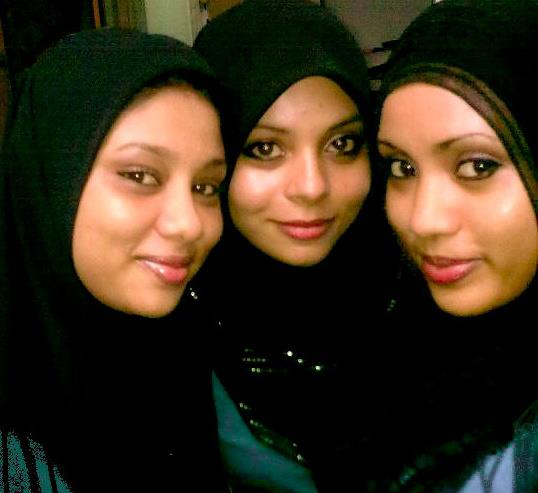 Dhivehi Girls http://hot-maldivians.blogspot.com/2012/06/maldivian