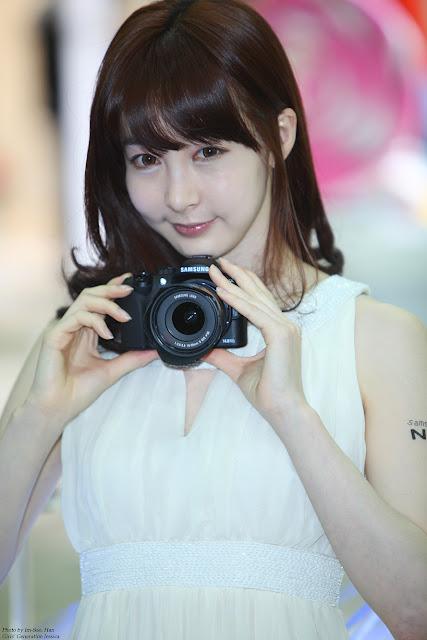 KoreanGirls-Lee Ga Na - Samsung Camera Photoshoot