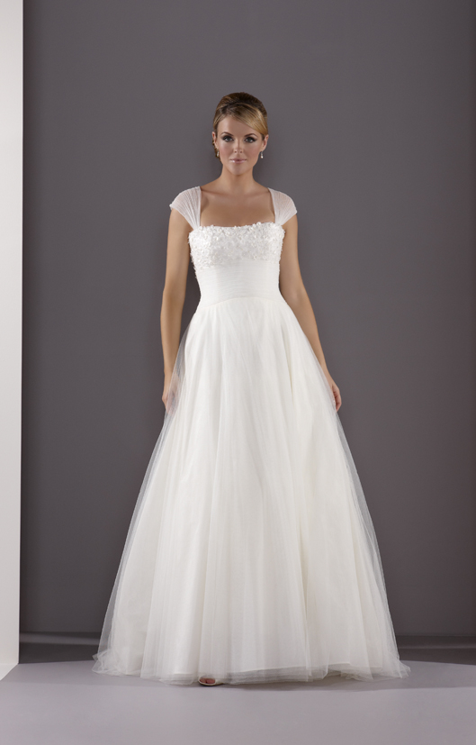White Boutique | White Bride: Sample Sale - A guide to styles and ...