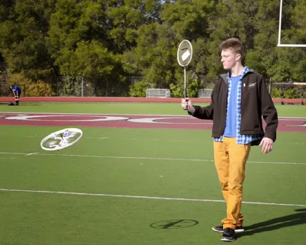 Tecnoneo: Zyro DroneBall: Un dron para jugar al aire libre
