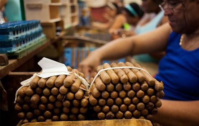 ¿Puedo exportar de Cuba una suma ilimitada de Puros Habanos?
