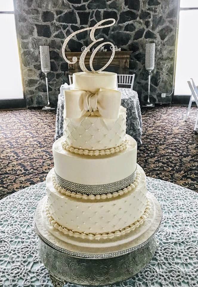 A Gorgeous Cake!