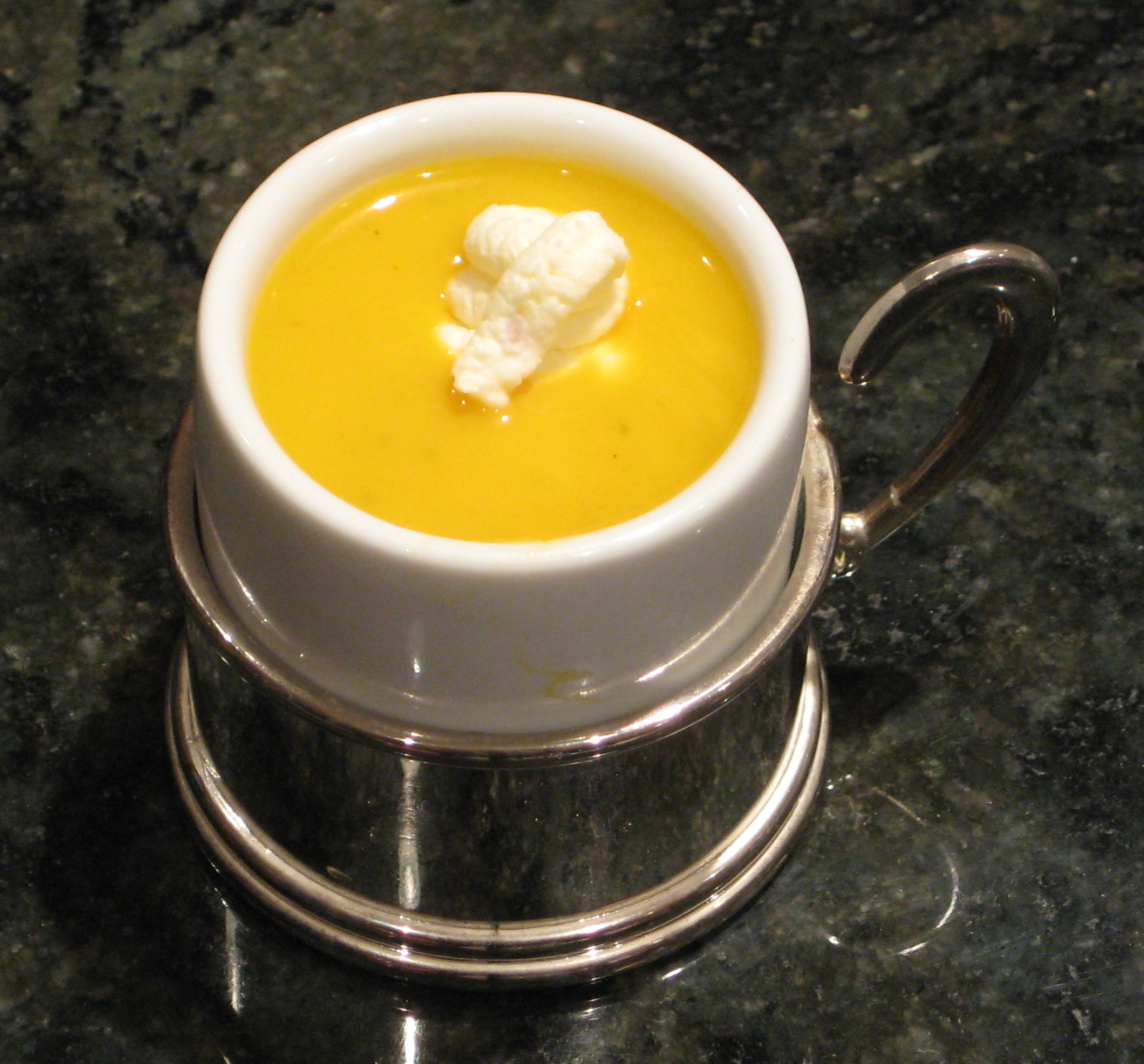 Lexi's Kitchen: BUTTERNUT SQUASH SOUP WITH GINGER CREAM