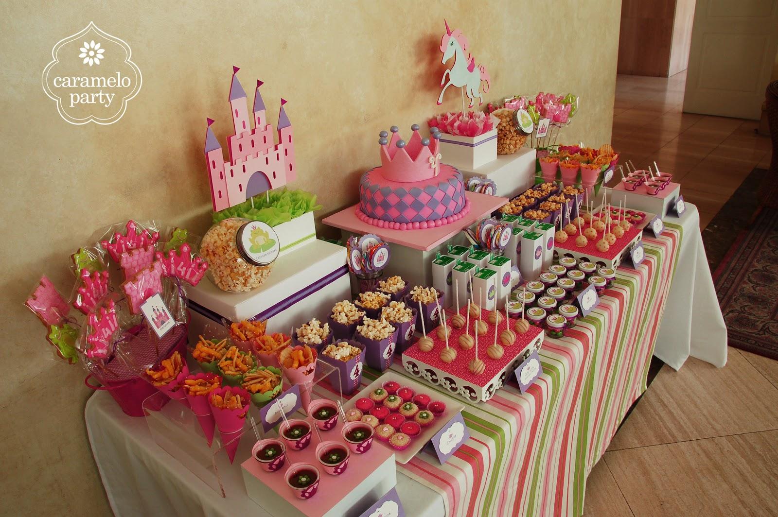 Ideas para fiestas for Mesas de dulces infantiles