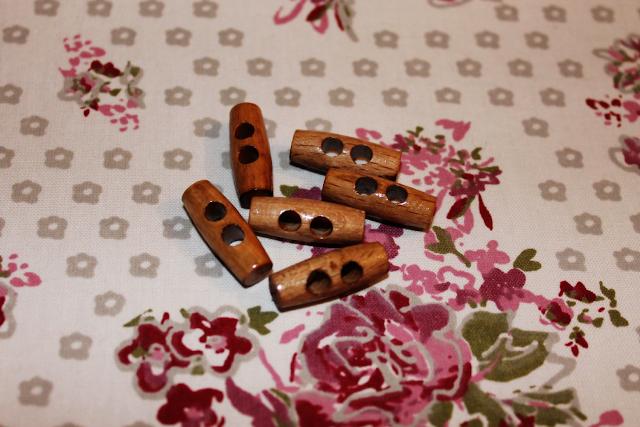 Knebelknöpfe vom Stoffmarkt