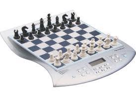 Se realista!! Una maquina jamás podrá ganarle a un hombre al ajedrez.