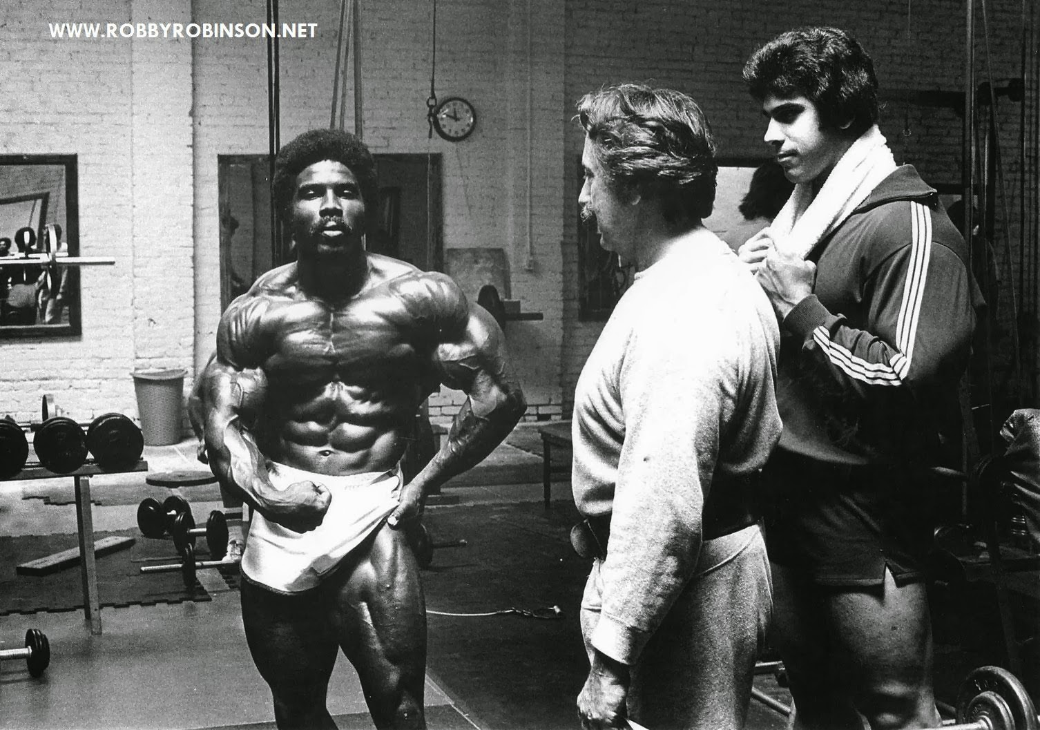 """""""The Black Prince"""" Robby Robinson, the """"Hulk"""" Lou Ferrigno and """"The Godfather of Bodybuilding"""" Joe Weider - training and posing workout at Gold's gym, Venice back in '70s -- read about RR's training and life experience, about other legends of Golden Era of bodybuilding and what really happened behind the scenes of Weider's empire - in RR's BOOK """"The BLACK PRINCE; My Life in Bodybuilding: Muscle vs. Hustle"""" ● www.robbyrobinson.net/books.php ●"""