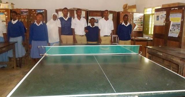 Walimu sekondari wacheza table tennis ofisini korogwe haki elimu for Table tennis 6 0