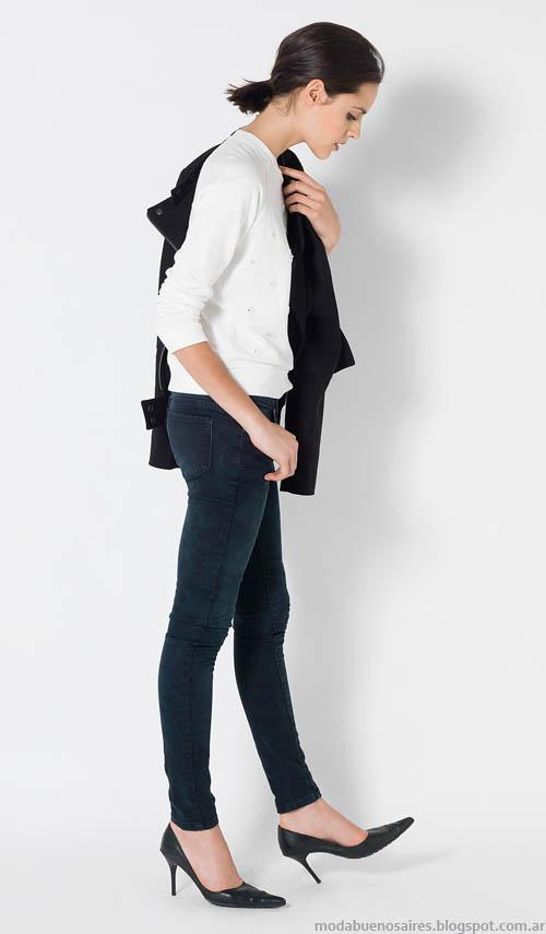Basicos de moda urbana y femenina Yagmour.