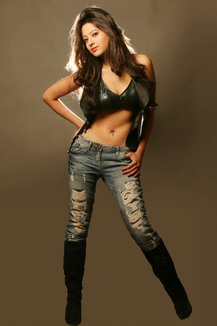 Madalasa Sharma Hot PhotoShoot Gallery