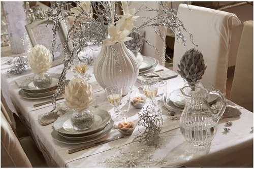 Mesas de navidad decoradas de plateado for Decoration reveillon