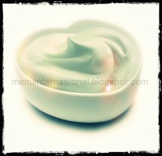 Manfaat Yoghurt Untuk Kesehatan Tubuh dan Kulit