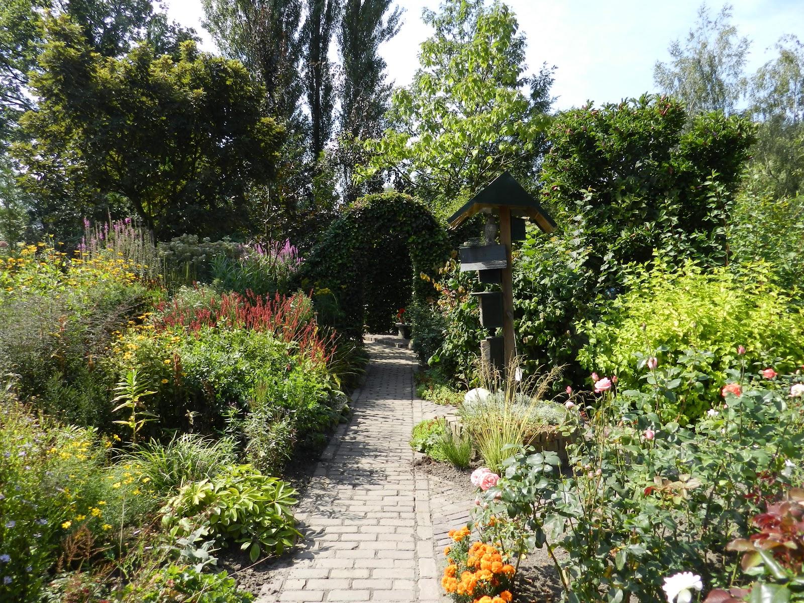 Conny 39 s blog brabantse tuinen kijken met de tuinclub for Mooie tuinen kijken