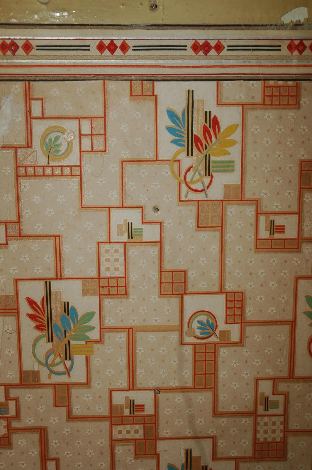 My Renovated Farmhouse: Vintage Kitchen Wallpaper Design