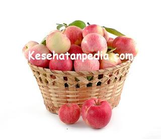 Manfaat makan buah apel beserta dengan kulitnya