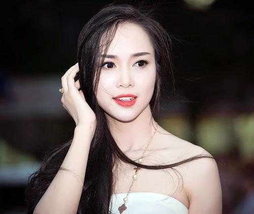 """Ngọc Anh gây """"ám ảnh"""" vì quá xinh đẹp"""