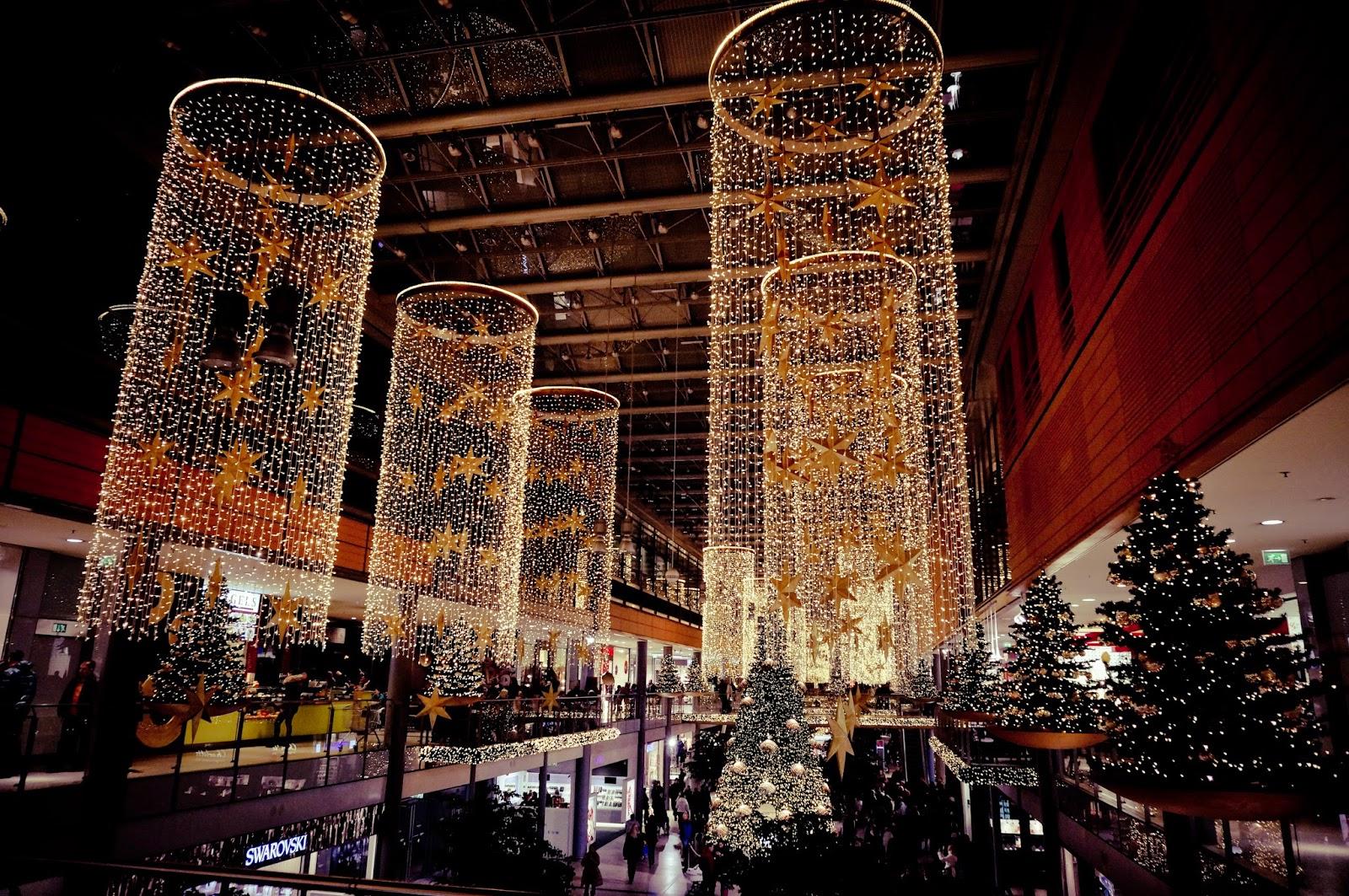 centrum handlowe, świąteczne iluminacje