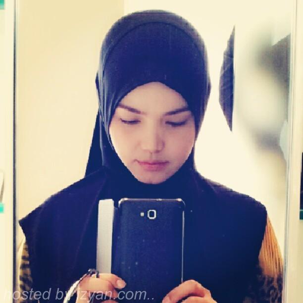 Gambar) Fesyen Tudung Siti Nurhaliza