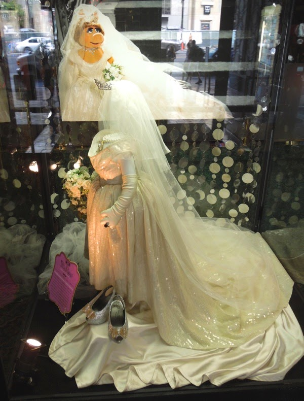 Miss Piggy Vivienne Westwood Wedding gown Muppets Most Wanted