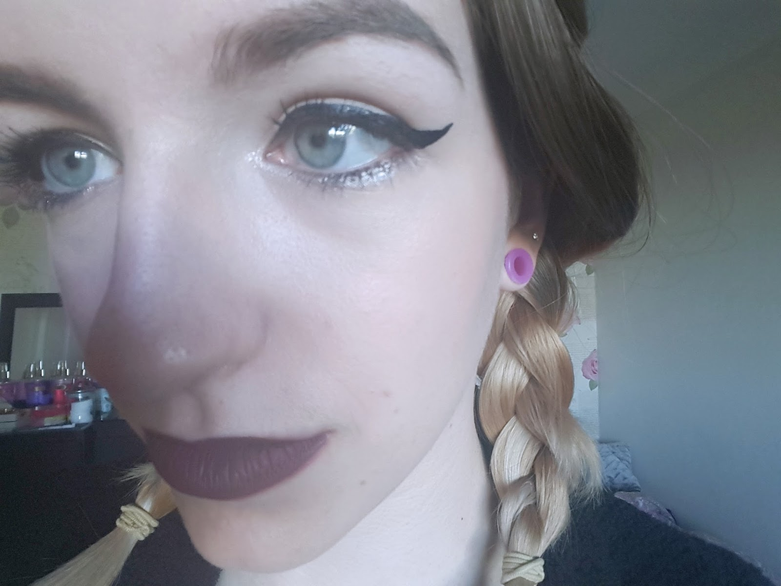 Simple work makeup eyes colourpop teeny tiny