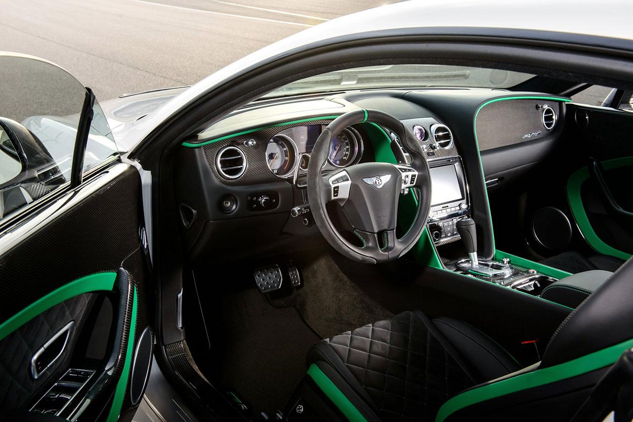 Bentley Continental GT3-R dash