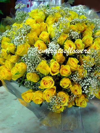 100 lovely yellow roses delivery in Qatar