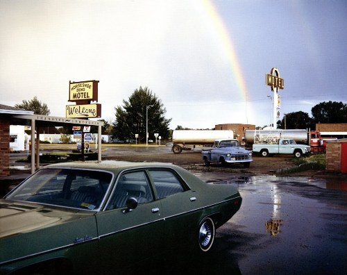 masters of photography : Stephen Shore : photo of cars and rainbow