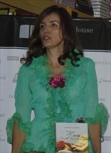 Gloria Casañas a lo Victorio Lucchino