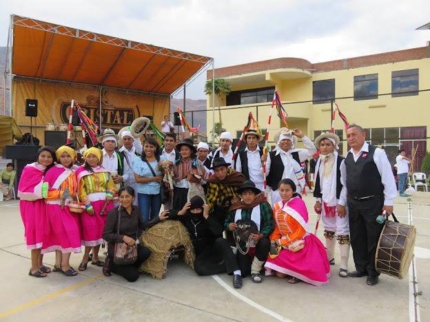 DANZA AGRÍCOLA DE TATASH - RESIDENTES HUAMALIANOS EN HUANUCO