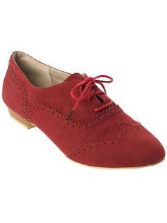 foto pantofi rosii oxford