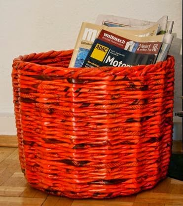 ... , Keranjang anyam kertas koran bekas tas serbaguna kertas koran bekas