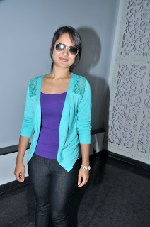 Pooja Bose spotted in Purple T Shirt Jeans Spicy Pooja Bose