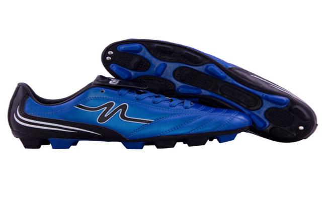 Sepatu Bola produk Mitre dapat dibeli melalui mitre.co.id situs belanja online perlengkapan futsal dan bola.