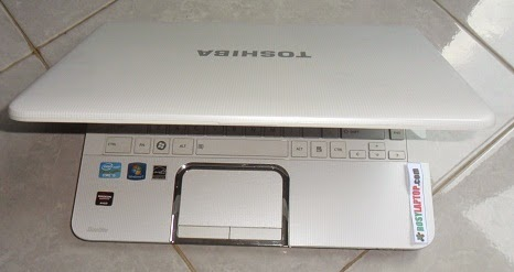 Toshiba Satellite L840 Core i5 VGA ATI Win7 Ori