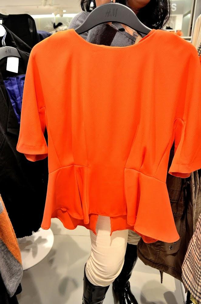 h and m orange peplum top