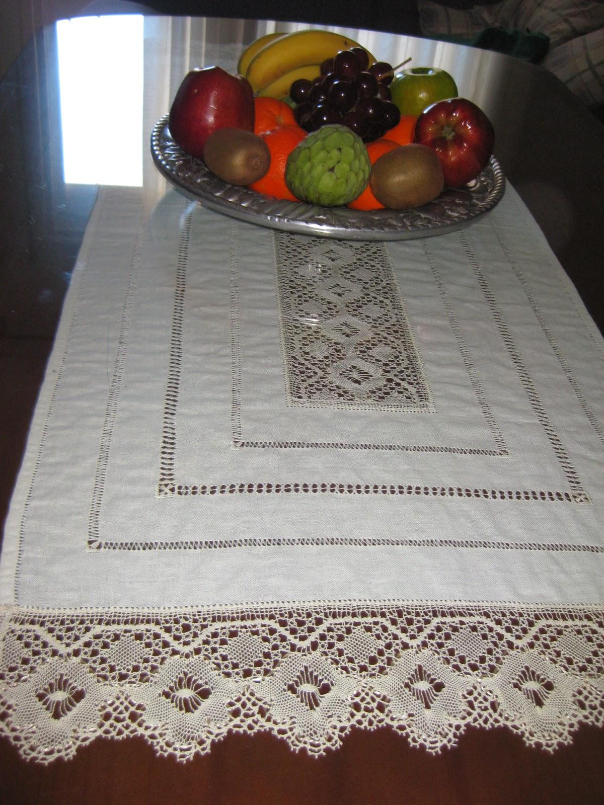 Con arte en las manos mesa elgante - Camino de mesa elegante en crochet ...