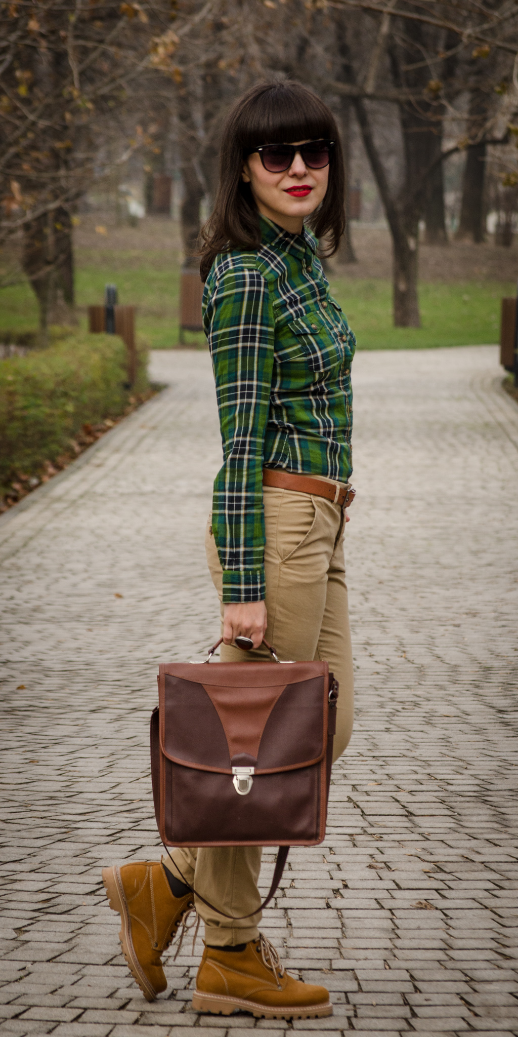 brown pants h&m red jacket miniprix camel worker boots romanian producer brown thrifted satchel bag green tartan shirt bangs