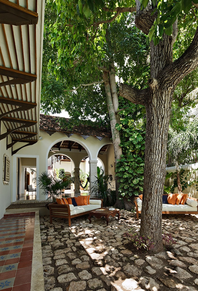 Dise adora de interiores dise o mexicano casa lecanda for Diseno de jardines lima
