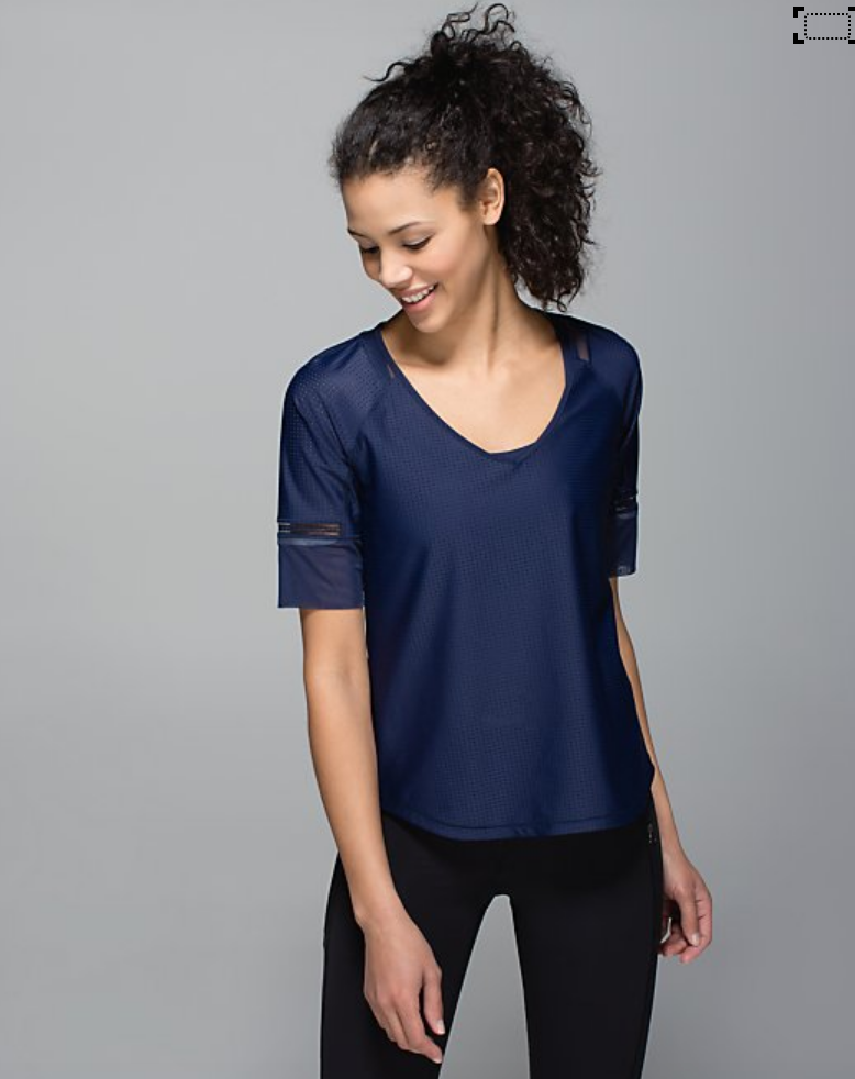 http://www.anrdoezrs.net/links/7680158/type/dlg/http://shop.lululemon.com/products/clothes-accessories/tops-short-sleeve/Var-City-1-2-Sleeve?cc=0014&skuId=3594568&catId=tops-short-sleeve