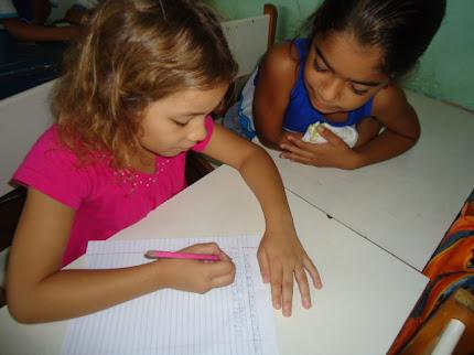 Alunos da Escola Jorge Teixeira - Projeto Reescrita de Contos ao Redor da Fogueira