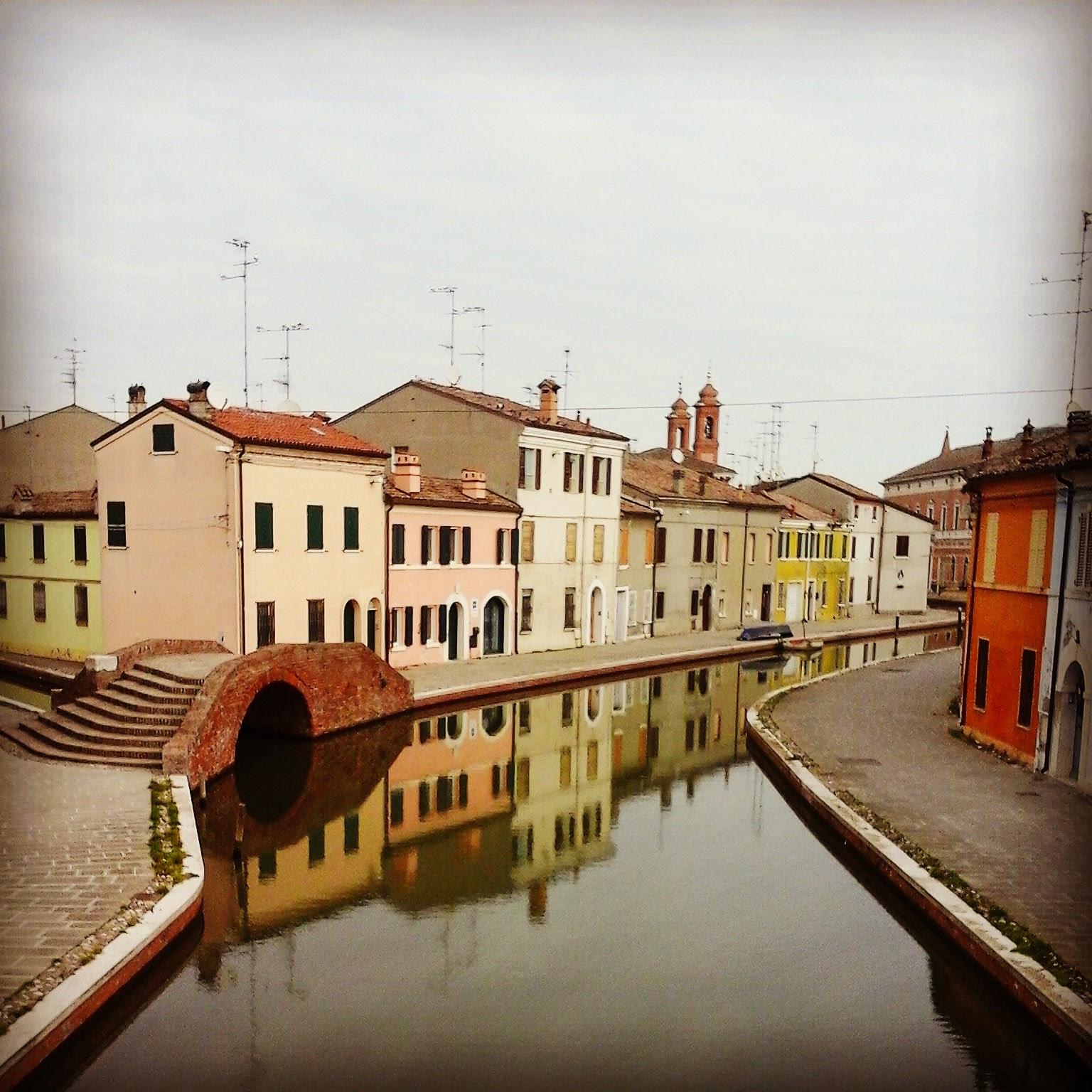 Comacchio - Foto di Monica Gatti La gatita sotto le due torri blog