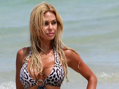 Shauna Sand in sexy leopard monokini