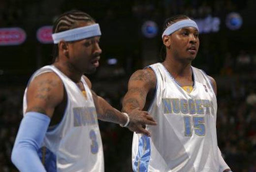Two basketballplayers with cornrows