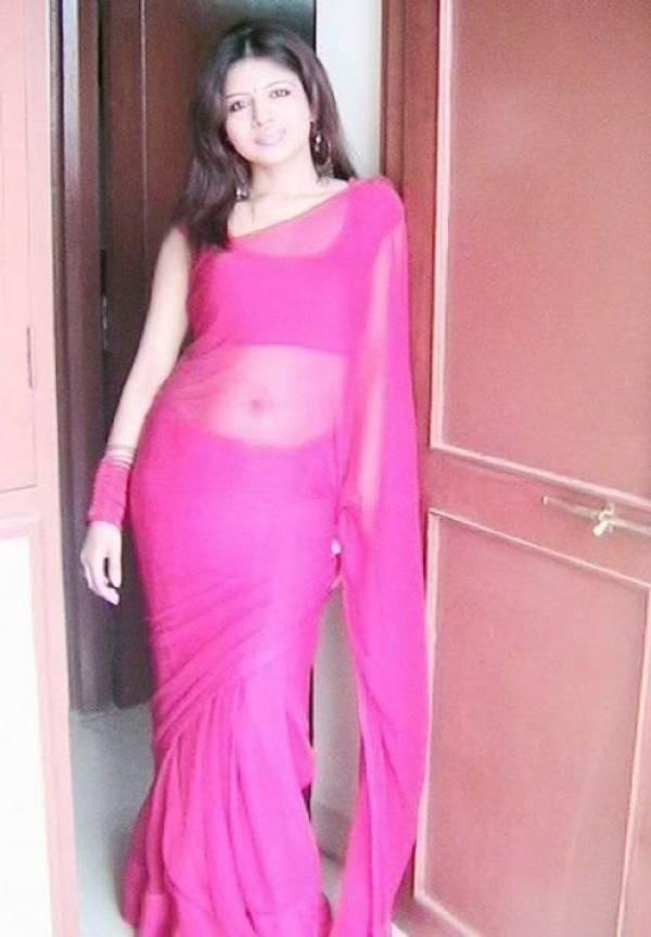 Desi Aunty In Transparent Blouse Photo 56