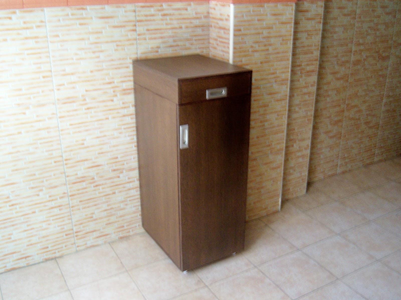 Bricolaje y aeromodelismo de pepe bosc bricolaje mueble - Mueble para guardar tabla de planchar ...