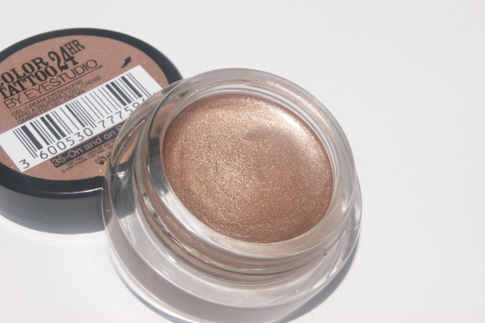Maybelline color tattoo 24hr eyeshadow in on and on bronze for Color tattoo maybelline