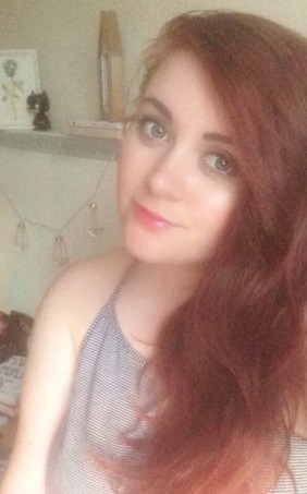 UK Book & Lifestyle Blog by Isabelle Flynn